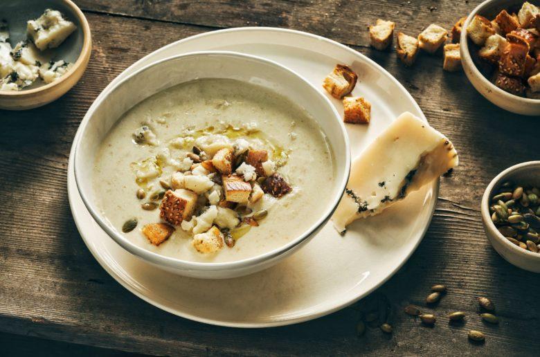 מרק כרובית וכרישה